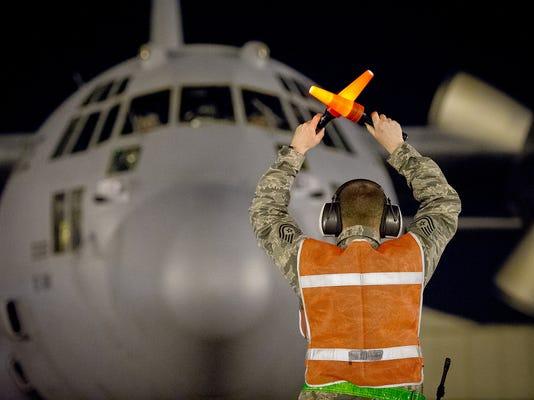 -c-130 at night barksdale.jpg_20140618.jpg