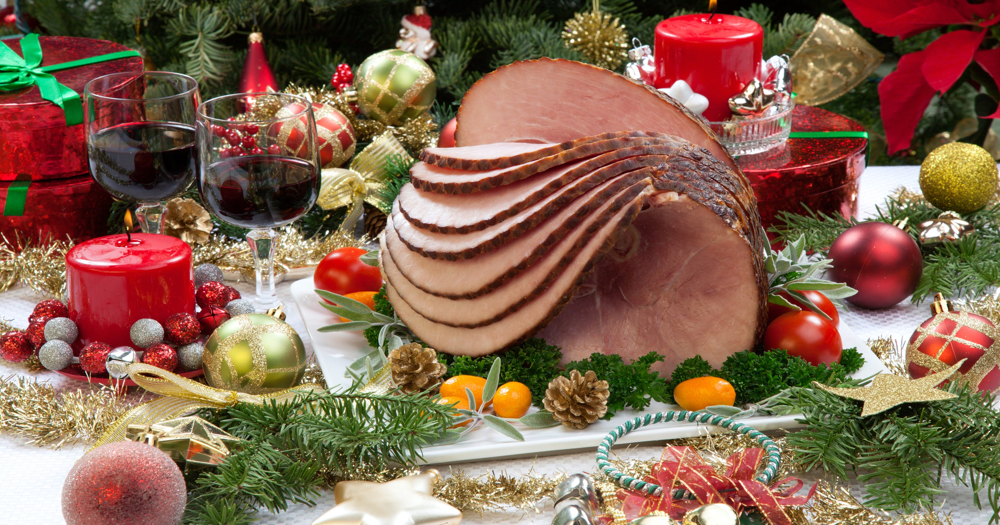 Christmas Ham Dinner.Where To Get Your Christmas Meal To Go 2017