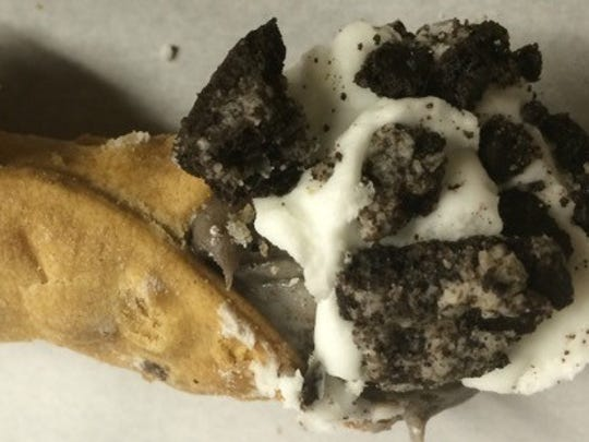Cookies and Cream Cannoli from Cannoli World
