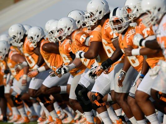 Tennessee Football_Shie.jpg