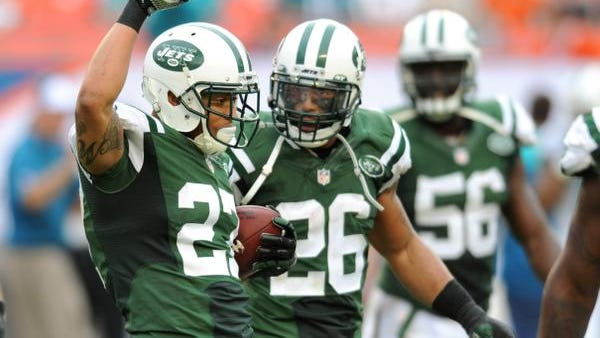 Jets cornerback Dee Milliner, left, was named AFC defensive player of the week after intercepting two passes in the 2013 season finale at Miami.