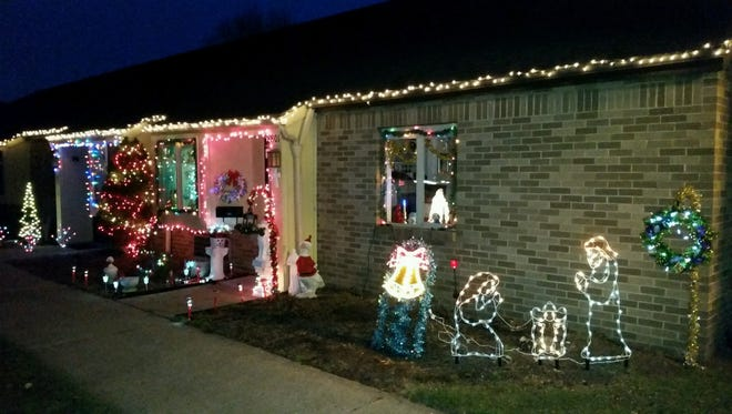 Flint Ridge Village will host its first North Pole Stroll from 6 to 7 p.m. on  Dec. 15, 22 and 29.