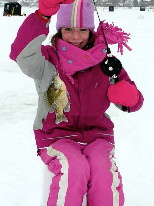 636184639009380437-Ice-Fishing-Girl-Pink.jpg