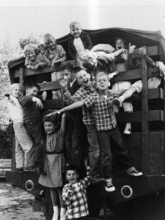 636419451577476021-Boys-Caravan-1949.jpg