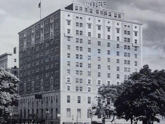 636422779307257942-Hotel-Olds-1930s-p42.jpg