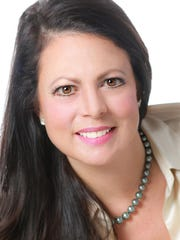 Stacie Curtis, founding president of the East Brunswick-based CW Solutions commercial real estate firm has been named a 2015 Skyline Awards finalist by New York SmartCEO magazine.