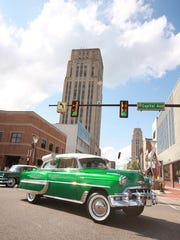 Cars begin their cruise around downtown Battle Creek
