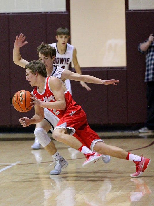 holliday bowie basketball 8.JPG