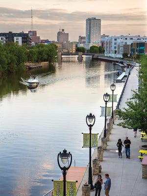 Milwaukee's RiverWalk, which runs through downtown and the Historic Third Ward, would be extended to the Menomonee Valley under a new proposal.