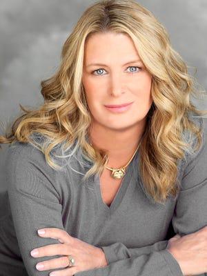 Author Kristin Hannah.