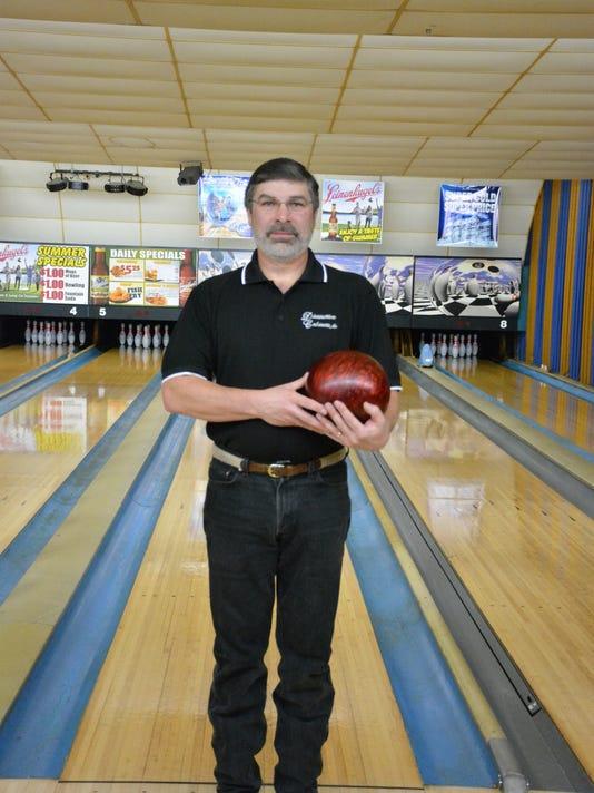 KEW 0228 Perfect bowling scores.JPG