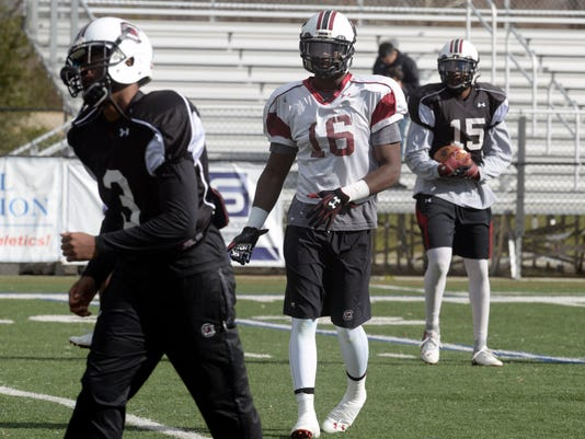 South Carolina Gamecocks practice for Duck Commander independence Bowl