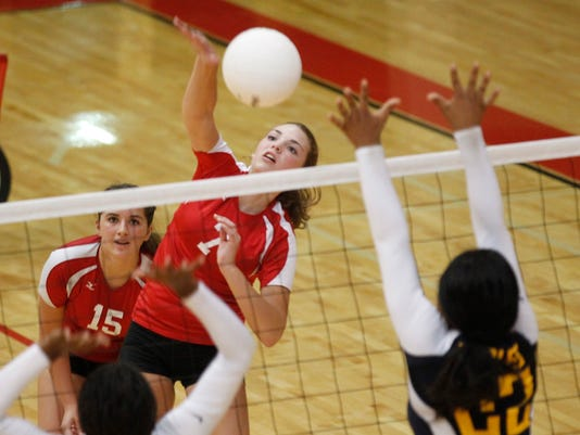 Rossview Northeast volleyball 01.jpg