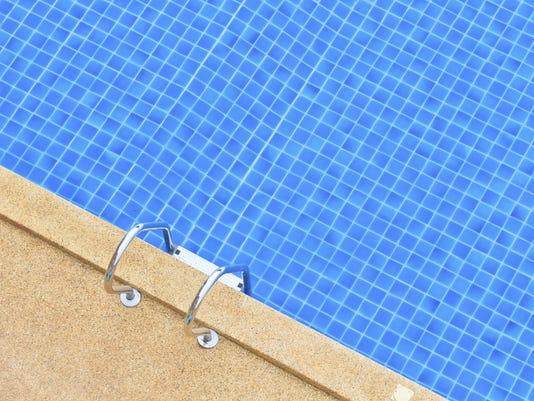 Pool board looking at diving board for pool - Swimming pool diving board regulations ...