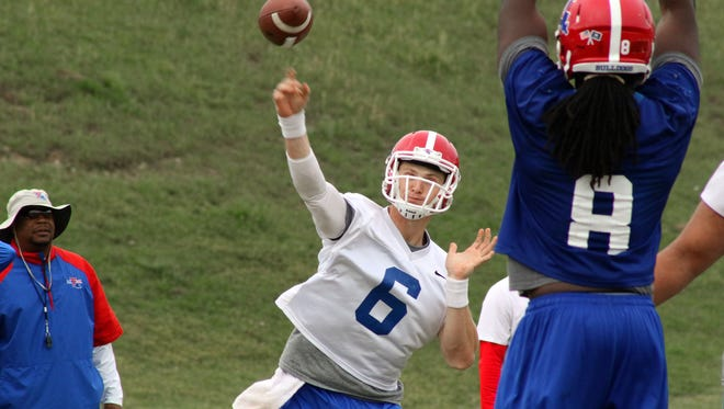 Louisiana Tech transfer quarterback Jeff Driskel will get his first extended live work in Saturday's scrimmage.