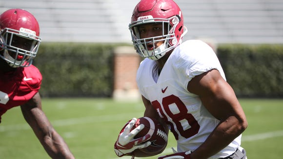 Prattville native O.J. Howard is looking to finally have a breakout season for Alabama in his junior year.