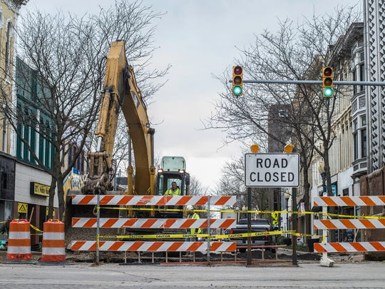 Construction work that shut down traffic in the 700 block of East Main Street is seen in downtown Richmond on Thursday, Nov. 2, 2017.
