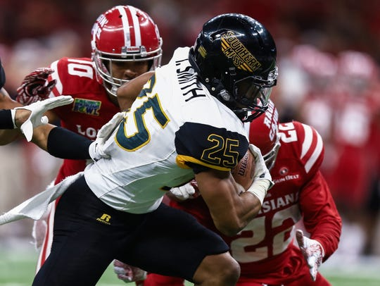 Southern Miss running back Ito Smith ranks fourth on
