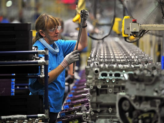 General Motors plans to cut  680 jobs at its Spring Hill plant.