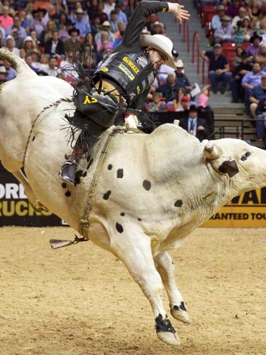 fe24-bullriding-0115n.jpg