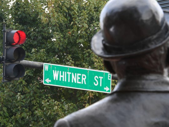 William Whitner statue by Greenville artist Zan Wells