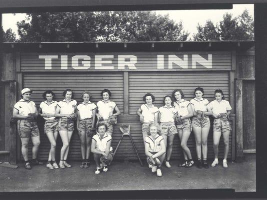 Tiger Field. L-R: Rosie Petrofetti, Stella Grant, Norma Green, -----, Nelda Bowler, Helen Boswell, Marie Boswell, Sylvia Young, -----, Front, ------, LaDiem Bull. Shasta Historical Society. 1978.58.11
