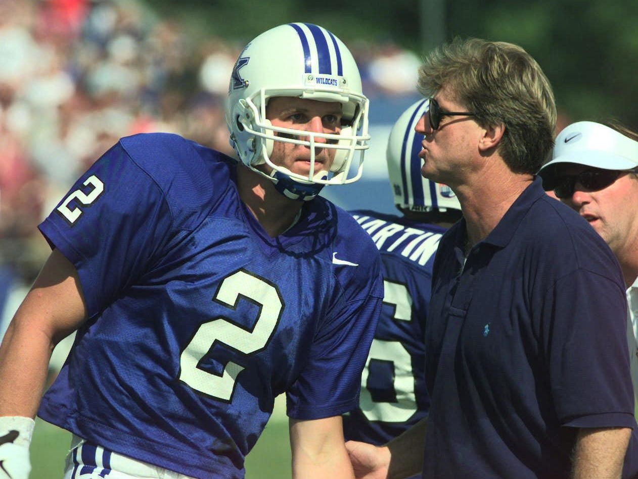 At Kentucky, Hal Mumme, right, had a future No. 1 NFL Draft pick leading his Air Raid offense in Tim Couch, left.