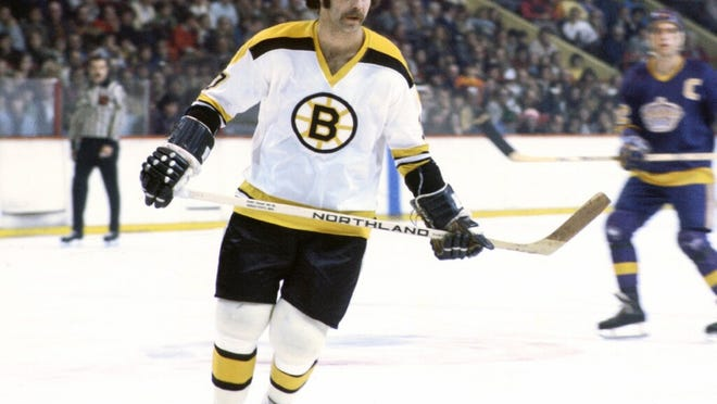 Derek Sanderson, one of the most popular Bruins of the 1970s, is putting some of his prized memorabilia up for bid.