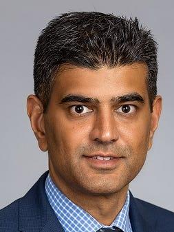 Dr. Moneesh Bhow