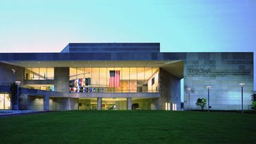 'American Spirits' returns to Constitution Center