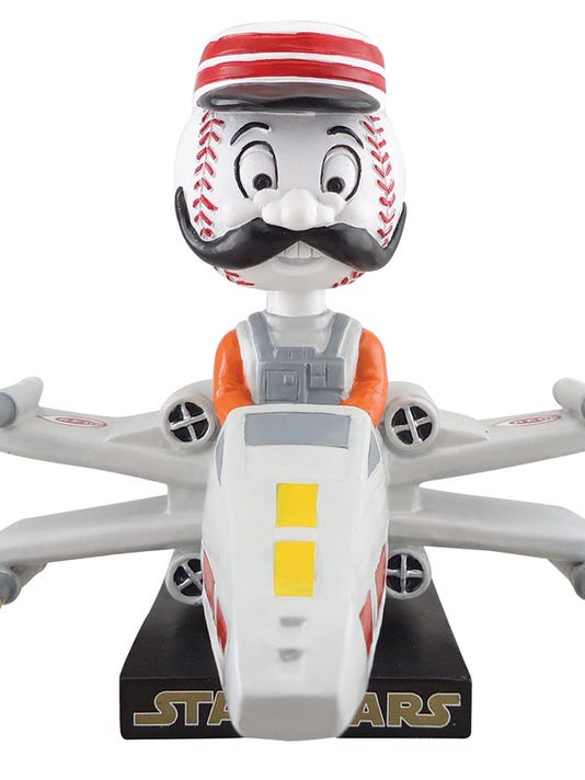 635920826095690949-Redlegs-X-Wing-Fighter-bobblehead.jpg