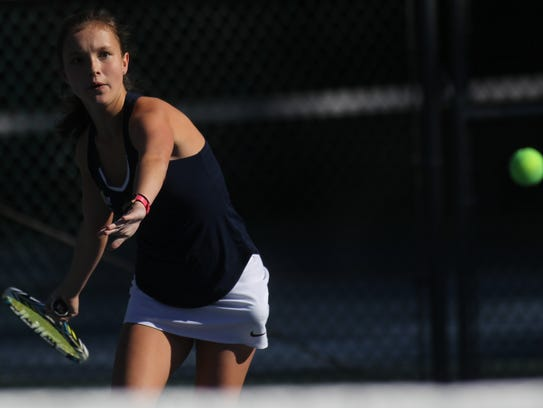 Maclay's Rachael Stockel plays at the 2018 tennis city