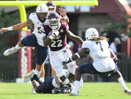 Mississippi State Bulldogs wide receiver Malik Dear