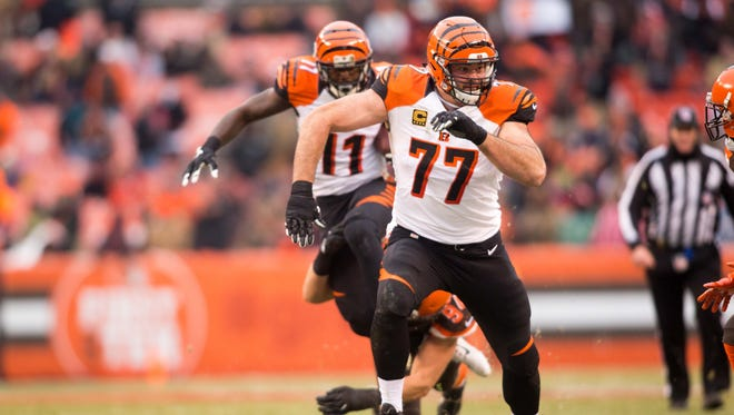 Cincinnati Bengals tackle Andrew Whitworth (77) during the fourth quarter against the Cleveland Browns at FirstEnergy Stadium. The Bengals won 23-10.