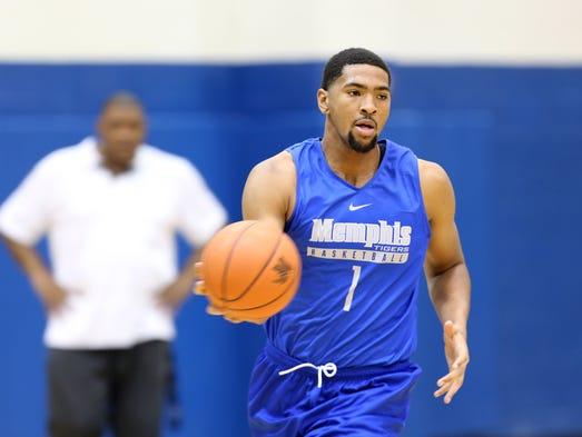 University of Memphis sophomore forward Dedric Lawson