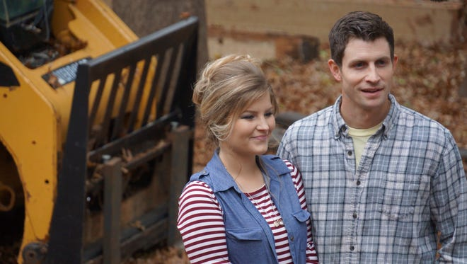 "Erin and Chad Paine on an episode of ""Bringing Up Bates."""