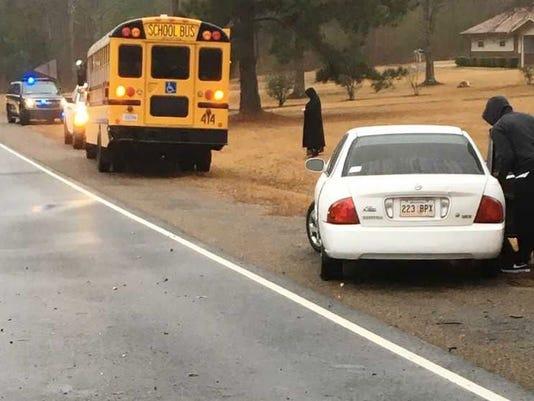 636511725990607835-Bus-Crash-Highway-3---Jan.-10.jpg