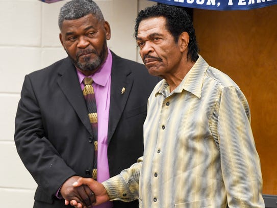 Bobby Rush spoke to students at the Denise La Salle