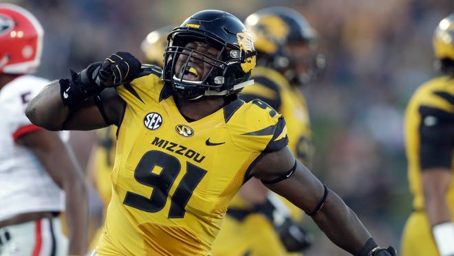 Missouri defensive end Charles Harris would be a good fit for the Eagles at No. 14.