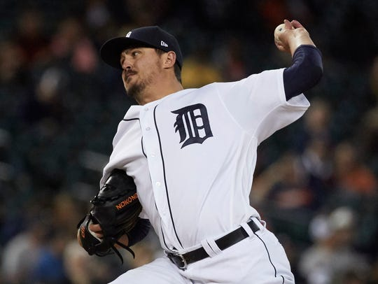 Tigers pitcher Blaine Hardy (36) pitches in the fifth