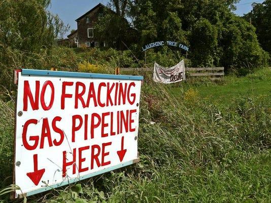 -BUR 0905 gas farm c2.jpg_20130906.jpg