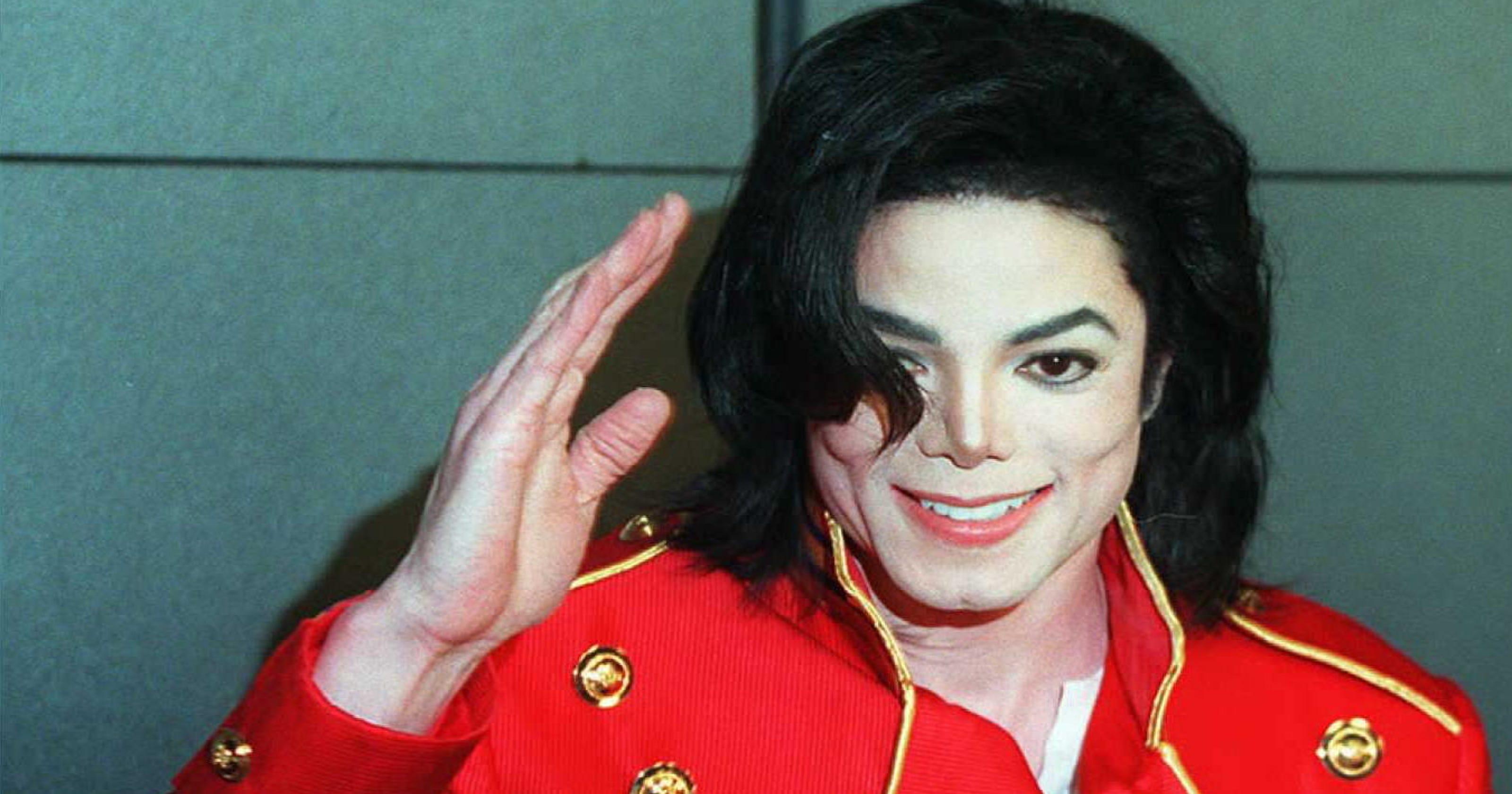Superfan moonwalks back on his Michael Jackson name change following 'Leaving Neverland'