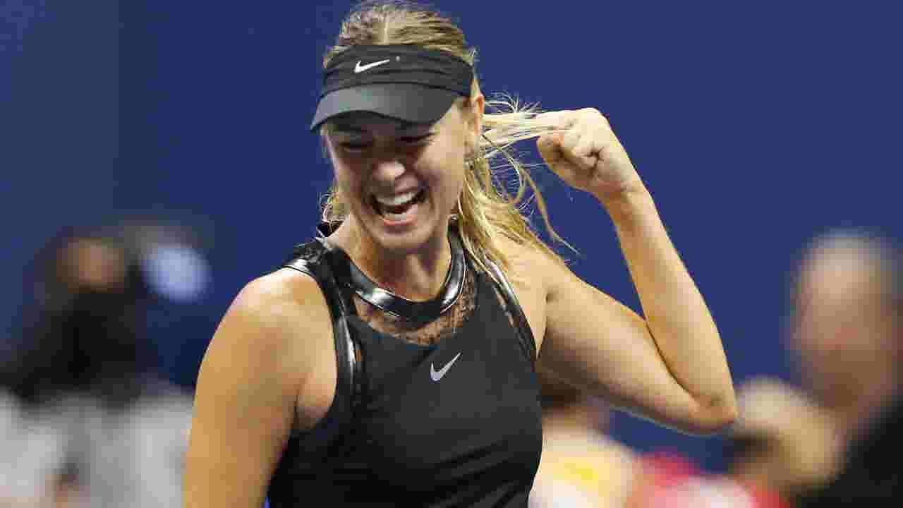 Maria Sharapova S Black Tennis Dress Is A Winner