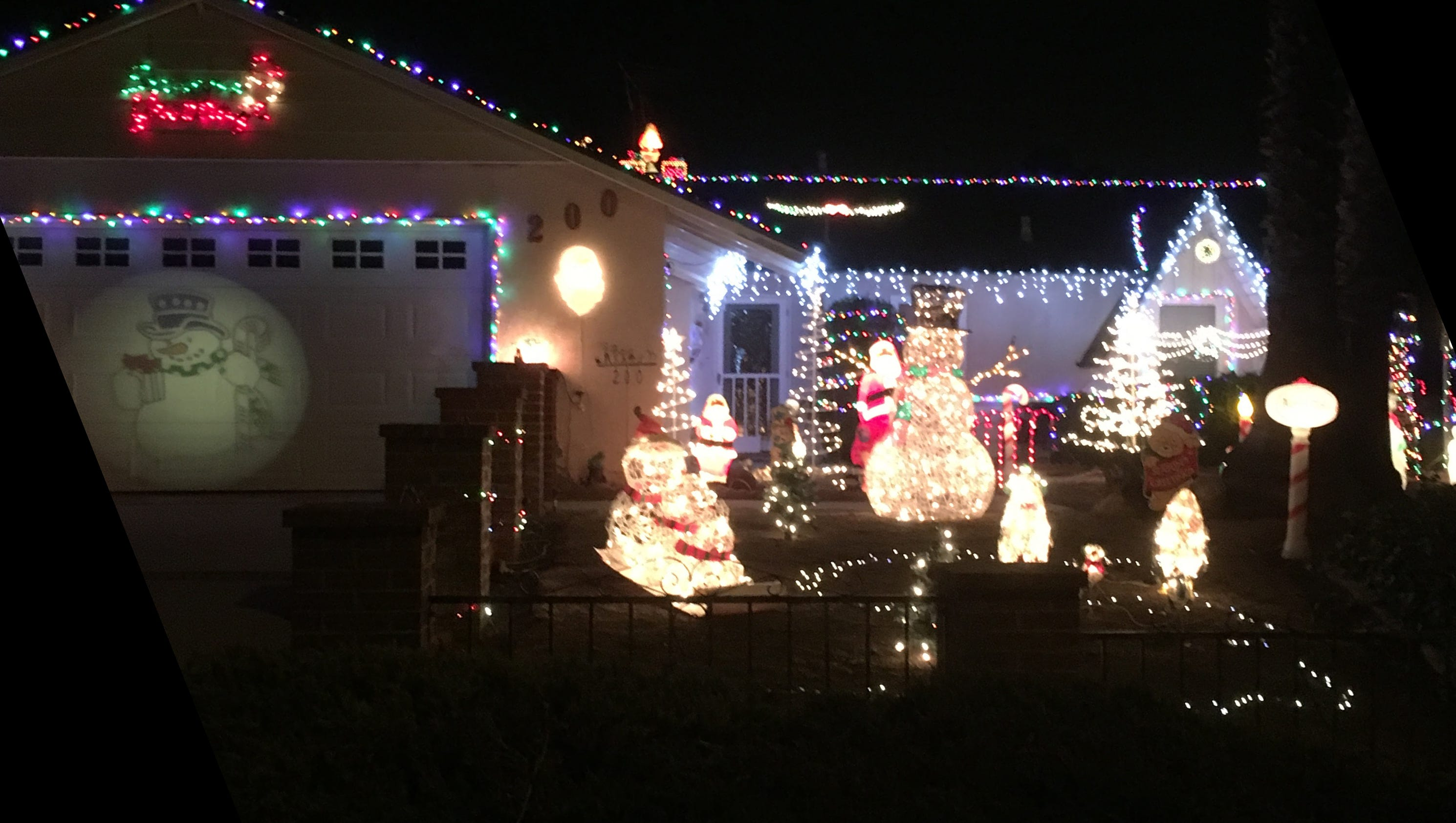 mapping out the best local holiday decorations