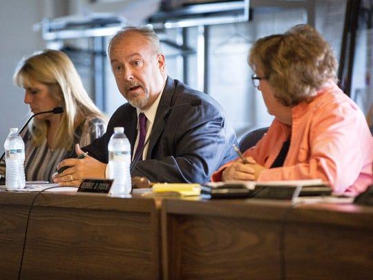 Superintendent Steve Baule talks to the Muncie Community