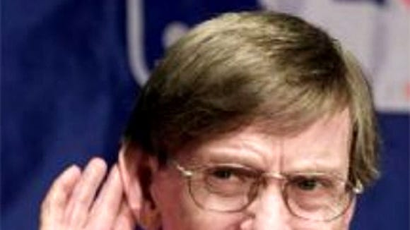 MLB commisioner Bud Selig has turned a deaf ear to the idea of eliminating World Series homefield advantage to the winning All-Star league.