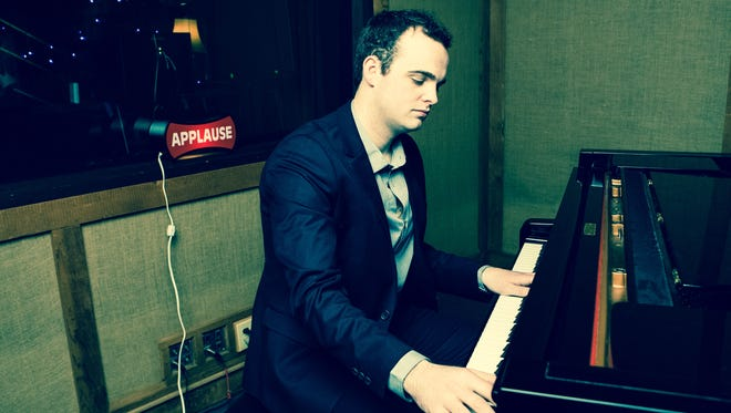 Andrew Walesch has been heavily influenced by Frank Sinatra and songwriting greats such as Cole Porter.