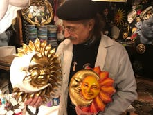 Tourists get more of Venice's vibe through mask-making