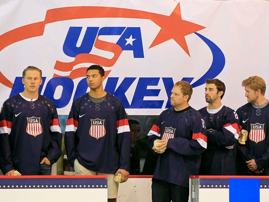 2013-08-27-usa-hockey-members