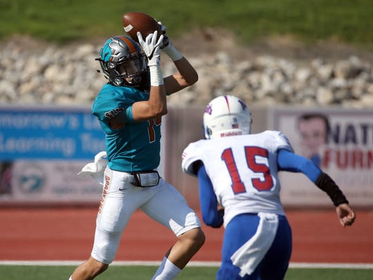 Pebble Hills wide receiver Haredt Gonzalez reaches